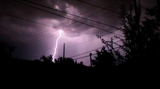 lightning_web